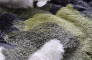 Как чистить мех кролика?