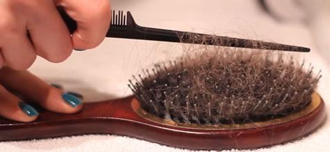 Как отмыть расчёску