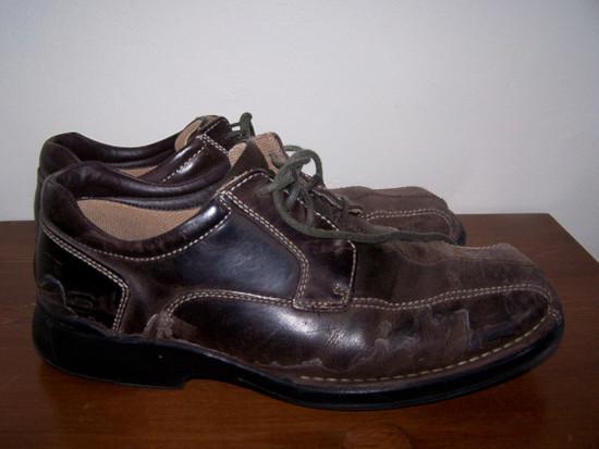 Как очистить пятна соли с кожаной обуви